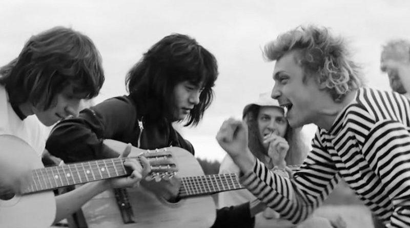 «Лето»: современный мюзикл про советский рок
